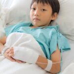 Child In Hospital_by tungphoto